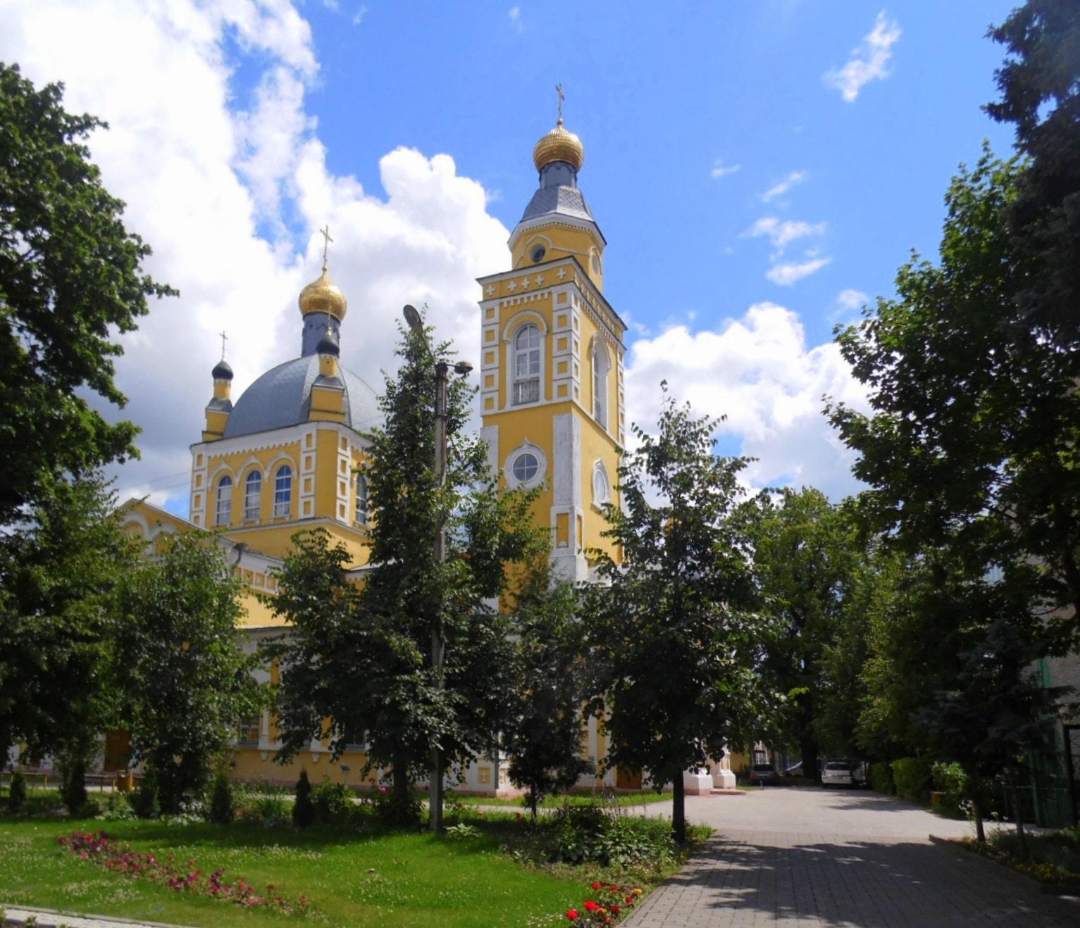В Клинцы из Москвы ритуальные услуги по перевозкам гроба.